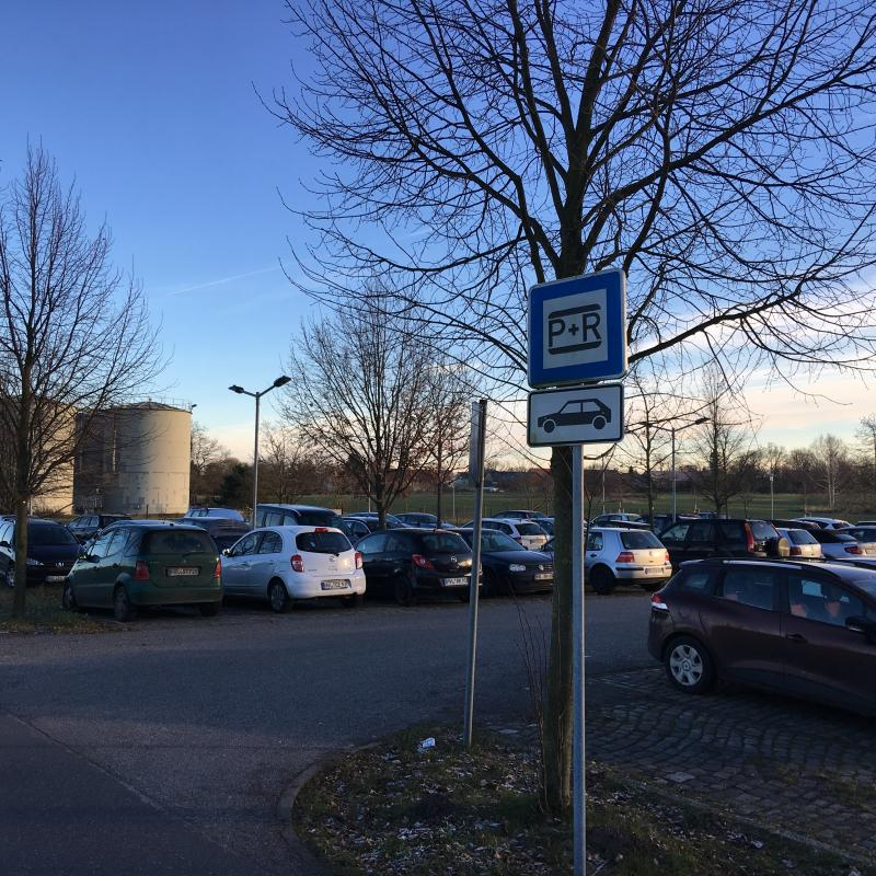 """Park and Ride""-Platz in Wustermark"